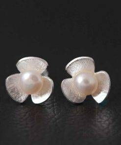 Romantic Tiny Flower Shaped Silver Stud Earrings Earrings